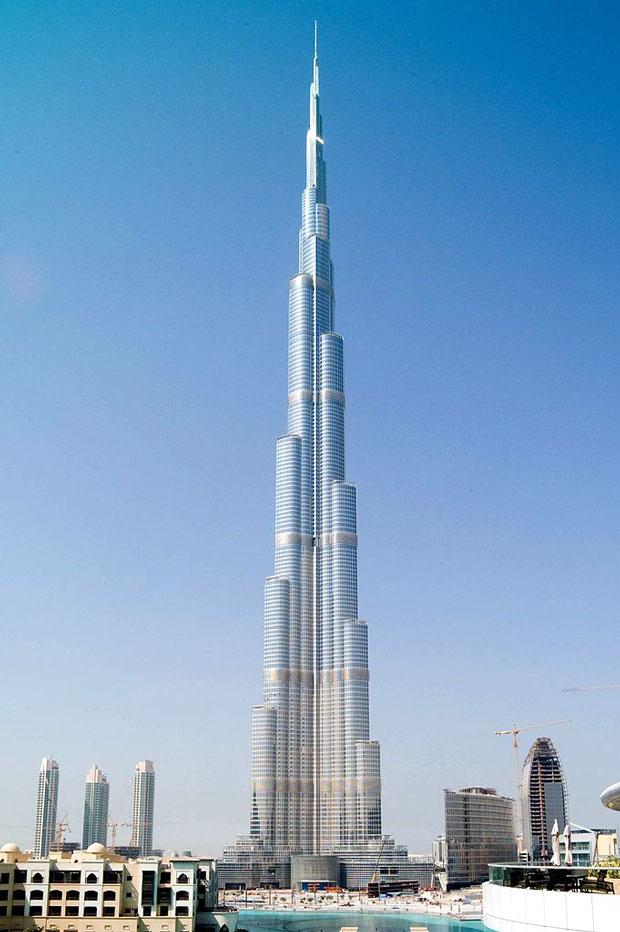 burj-khalifa-ajoure-men
