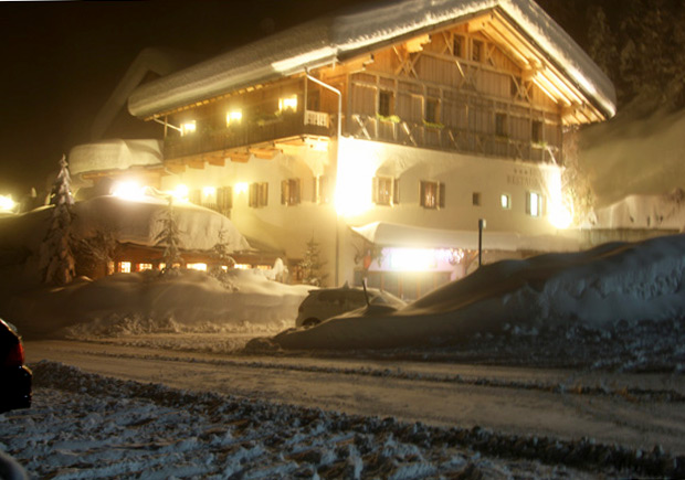 AlpinLounge-ajoure-travel