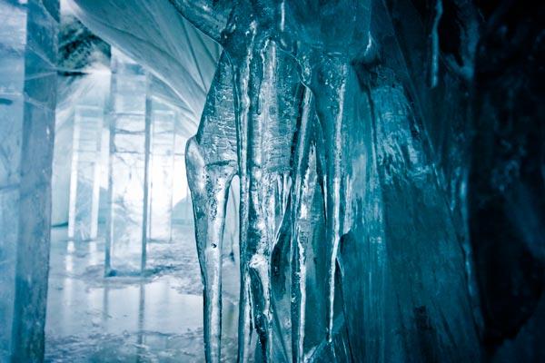 Icehotel-meldting-ajoure-travel