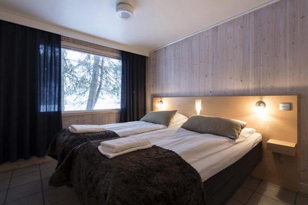 ice-hotel-ajoure-travel
