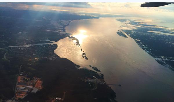 Amazonas-aus-dem-Flugzeug-ajoure-travel