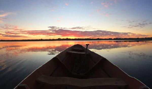 Amazonas-vom-Boot-aus-ajoure-travel
