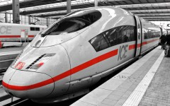 Deutsche-Bahn-ICE-ajoure-travel