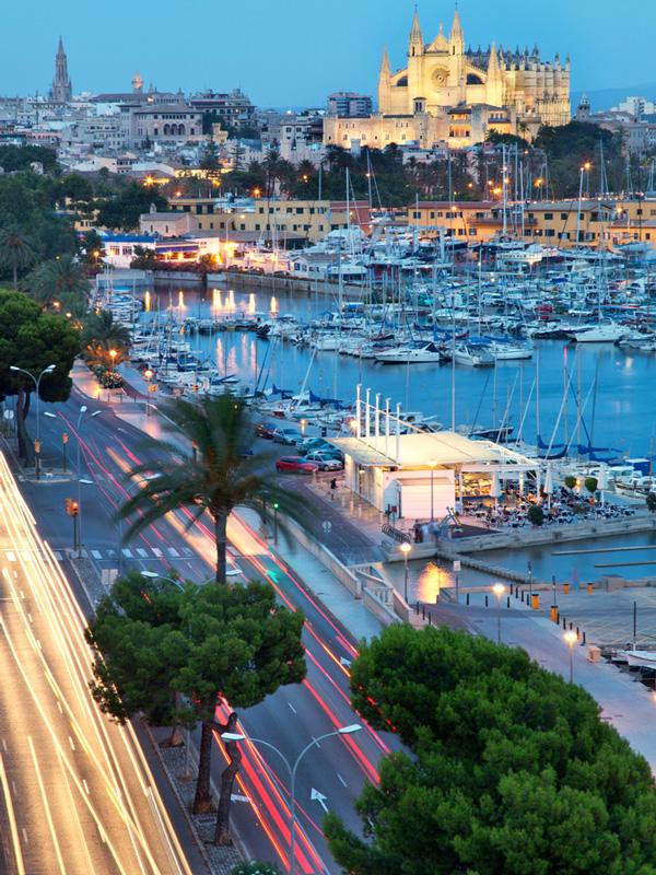Hafen-Mallorca-ajoure-travel