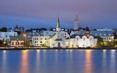 Island-Reykjavik-ajoure-travel