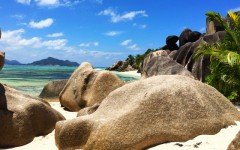 La-Digue-Seychellen-ajoure-travel