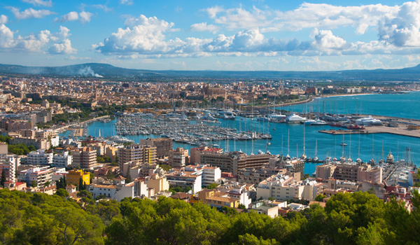 Palma-de-Mallorca-ajoure-travel