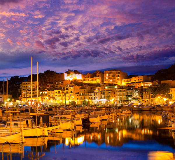 Port-de-Soller-Mallorca-Sunset-ajoure-travel