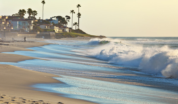 San-Diego-Beach-ajoure-travel