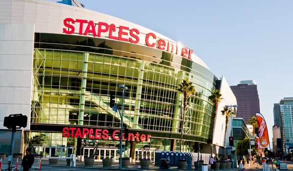 Staples-Center-ajoure-travel