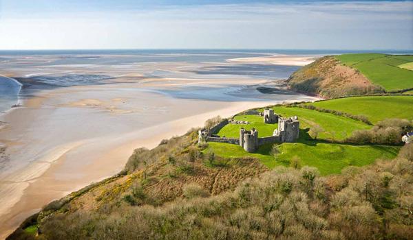 llansteffan_castle_co_visit_wales_p-ajoure-travel