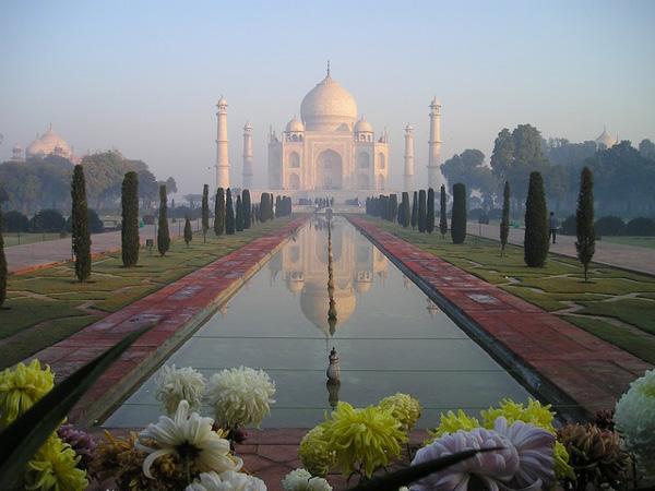 taj-mahal-pixabay_ajoure-travel