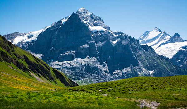 Alpen-ajoure-travel