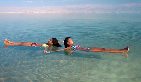 Das-Tote-Meer-ajoure-travel