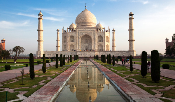Taj-Mahal-ajoure-travel