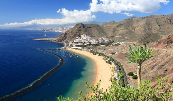 Fantastische Buchten, üppige Vegetation und der höchste Berg Spaniens - Teneriffa hat für jeden Urlauber das Passende.