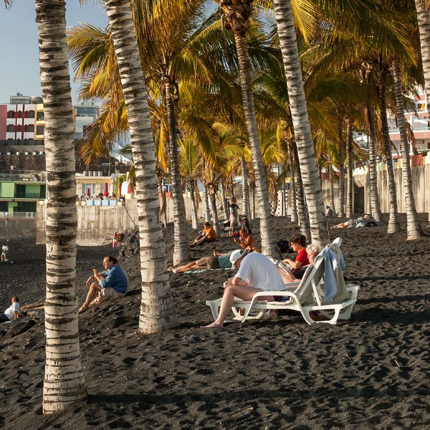 SCHWARZ: Puerto Naos, La Palma