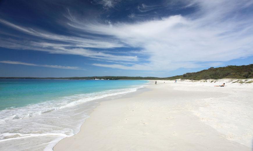 WEISS: Hyams Beach, Australien