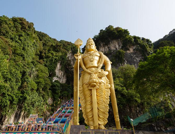 Malaysia Statue