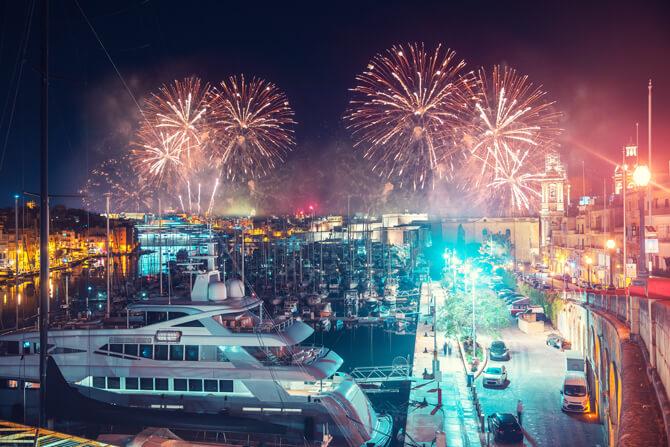 Malta Hafen Feuerwerk