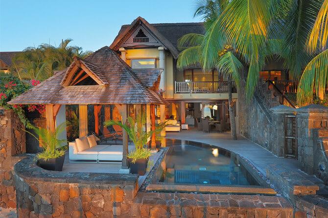Royal Palm Beachcomber Luxury Royal Suite