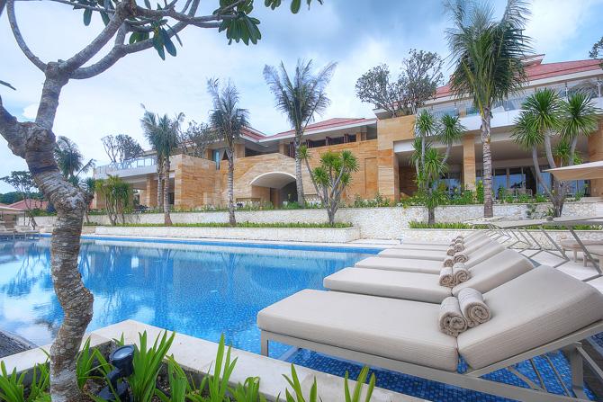 Mulia Villas Aqua Pool