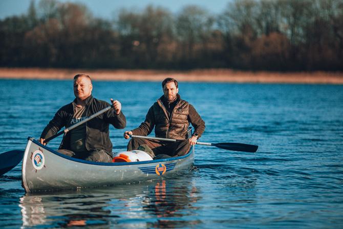 Viking Republic Finn und Max im Kanu