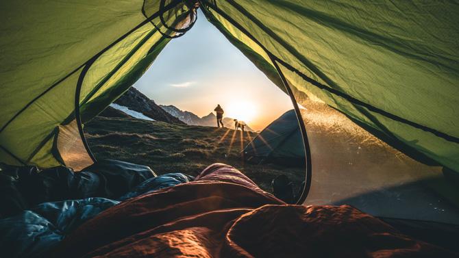 Sonnenaufgang aus dem Zelt