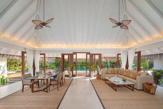 Anantara Kihavah Guest Room Three Bedroom Beach Pool Residence